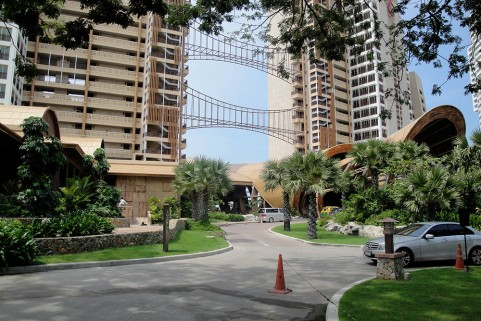 Sheraton Hotel Pattaya | from drezier's blog [Representing Client at South-East Asia Franchisee Conference] dated 2010/12/11