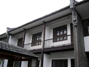 second floor inside monument building   from drezier's blog [歷史舊物:大韓民國臨時政府杭州舊址紀念館] dated 2016/7/30