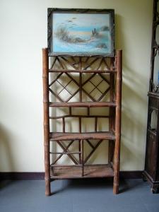 office bookshelf display at monument building | from drezier's blog [歷史舊物:大韓民國臨時政府杭州舊址紀念館] dated 2016/7/30