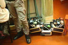 making up artist's tools box | from drezier's blog [Shooting Session for 2012 Spring Collection in Dongguan] dated 2011/12/31
