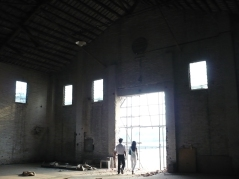 Site Recon III of venue at Tai-Koo godown | from drezier's blog [Site Recon III for S/S 2009 Fashion Show in Guangzhou] dated 2008/9/13