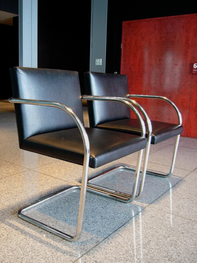 20th Century Masterpieces : : Brno Chair by Ludwig Mies van der Rohe