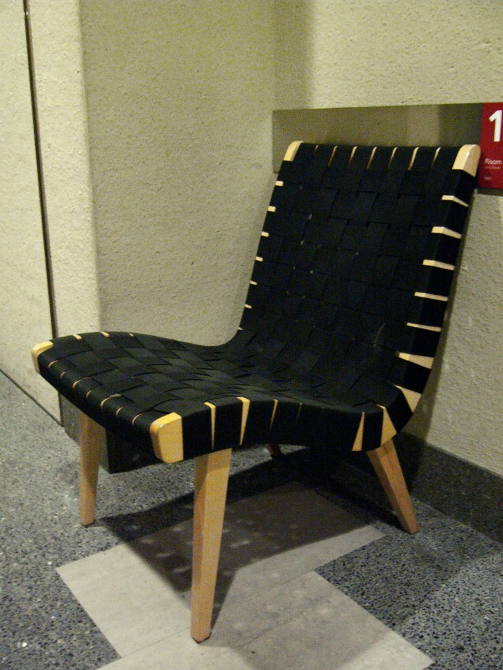 20th Century Masterpieces : : Lounge Chair 654W