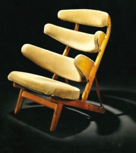 Pyramid Chair by Poul Volther, 1953 | from drezier's blog [20th Century Masterpieces : : Corona Chair] dated 2017/5/20